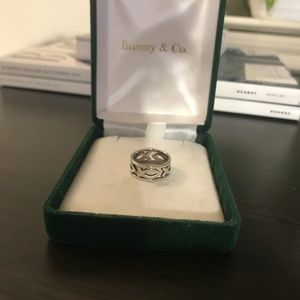 James Avery Continuous Ichthus Ring